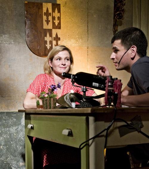 Bernadette la Hengst bei den Konspirativen KüchenKonzerten