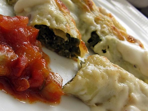Mangold-Ziegenquark-Cannelloni mit Tomaten-Mangold-Gemüse