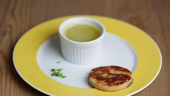 Essenz von der sauren Bohnensuppe